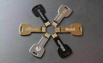 https://static.custom-flash-drives.com.au/images/products/Key/Key1.jpg
